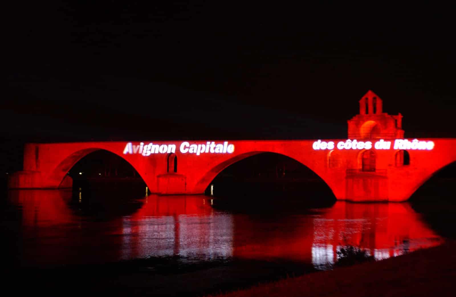 Avignon Capitale des Côtes du Rhône
